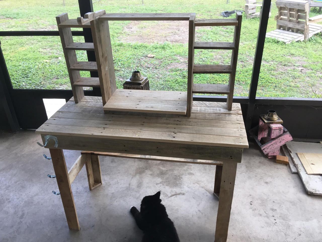 How To Make Pallet Wood Computer Desk Video By Thomas Craftlog