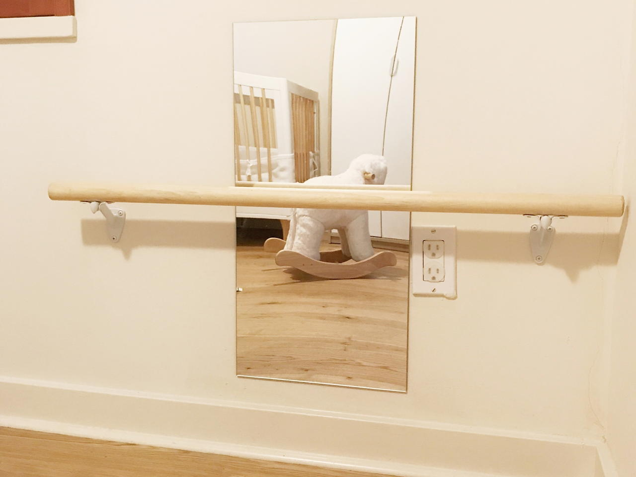 Montessori Pull-up Bar - Video project from Silvia